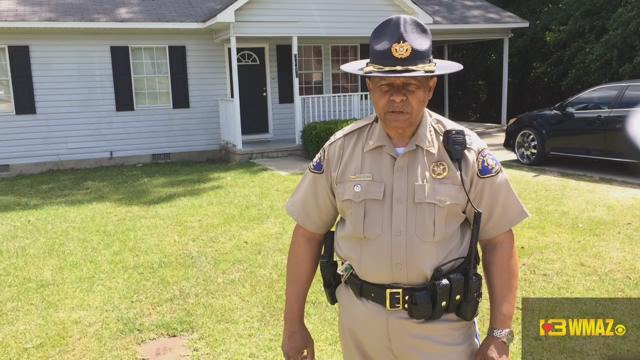 Jones Co. homeowner stabs suspected intruder