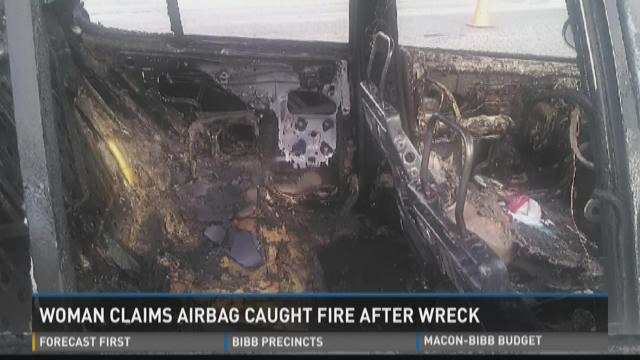 woman claims airbag caught fire after wreck. Black Bedroom Furniture Sets. Home Design Ideas