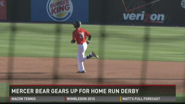 WATCH: Kyle Lewis prepares for Home Run Derby