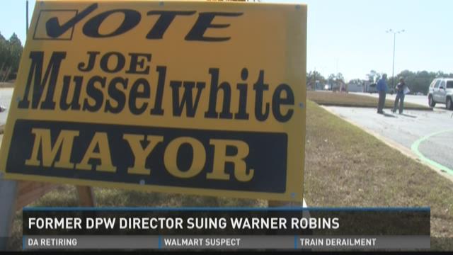 Former DPW director suing Warner Robins