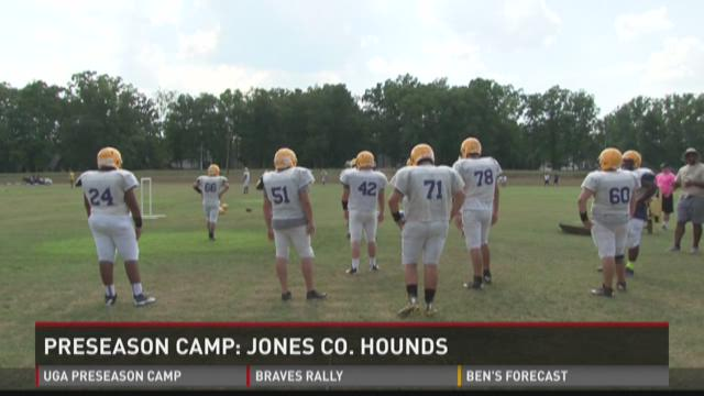 Preseason camp: Jones County Hounds