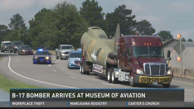 B-17 Bomber arrives at Museum of Aviation