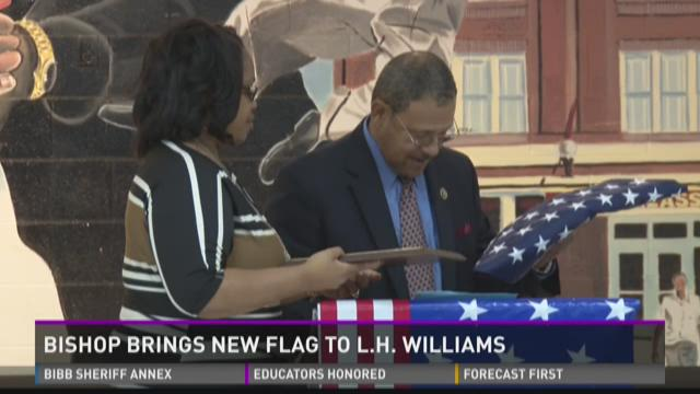 Sanford Bishop brings new flag to L.H. Williams Elementary