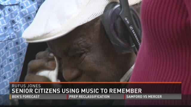 Senior citizens using music to remember
